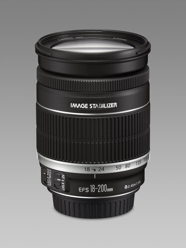 Canon EF-S 18-200mm f/3.5-5.6 IS - 2
